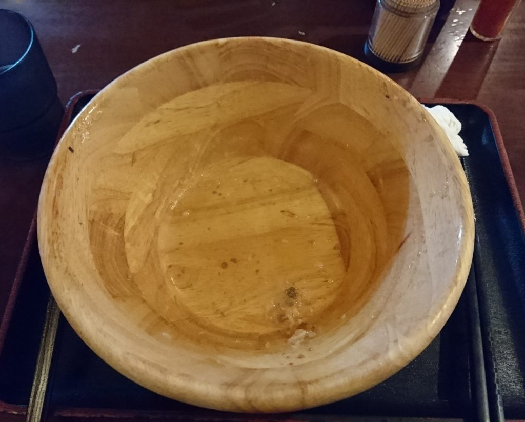 食べ終わった後の器の写真