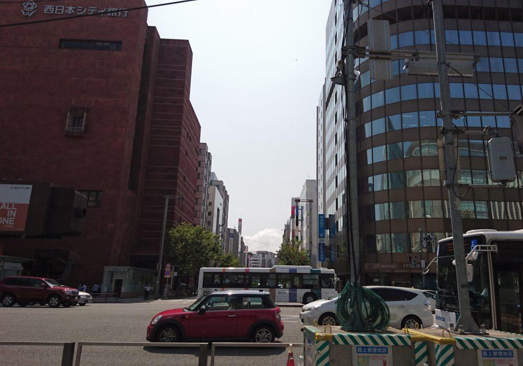 はかた駅前通りの写真
