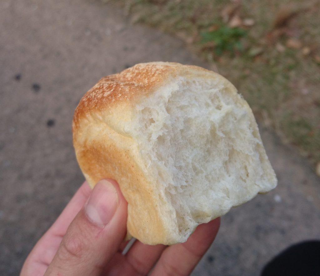 パンの断面の様子 黒豆豆乳食パン