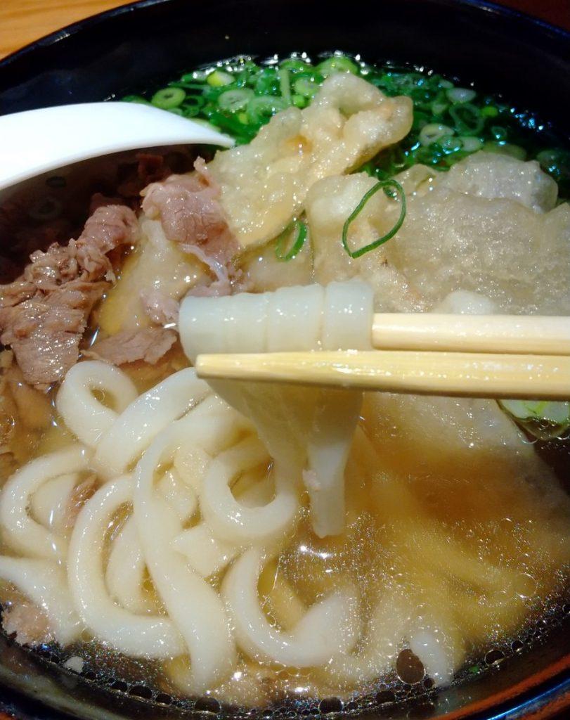 肉ごぼううどん 麺